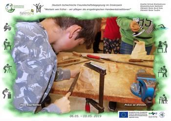 06 Holz bearbeiten1.jpg