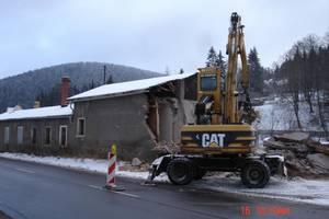 DSC06000 Abriss des Bahnhofes Antonsthal 16.12.2009